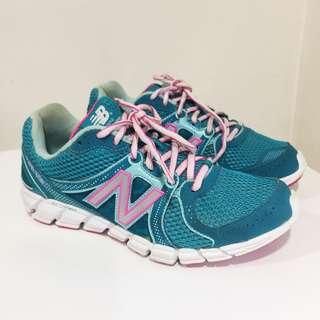 New Balance Women's 750 V2 running shoes sneakers