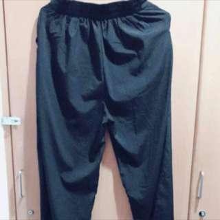 黑色九分寬褲