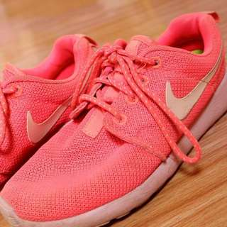 Sepatu nike roshe run ori