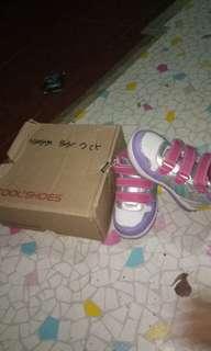 Sepatu anak cool shoes sz 24