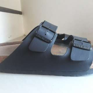 For sale Birkenstock sandals for men (slightly used)