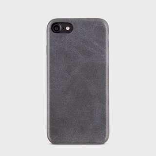 UNIQ Outfitter Vintage 復古質感皮 機套(iPhone 7/7 Plus/8/8 Plus)