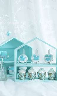 Tiffany blue house 🏠 shaped holder display