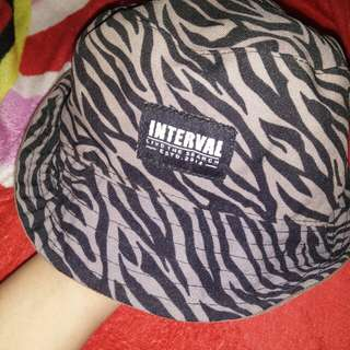 Topi unisex (pria/wanita)