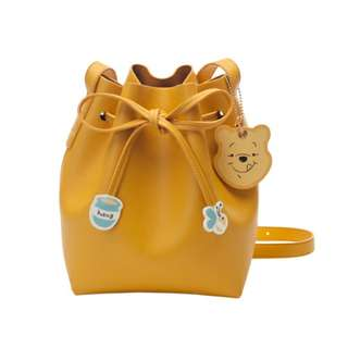 Winnie the pooh's drawstring cylinder bag come with box (free postage)