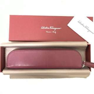清貨Ferragamo pencil case