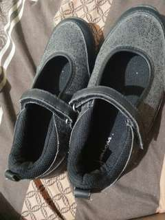 Juniors Brand Black shoes for girls