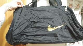 Nike 運動袋 大容量 上膊/手挽/斜揹 男女可用 bag big volume unisex