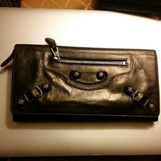 Authentic Balenciaga ling wallet