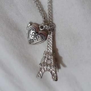 Lovisa paris necklace