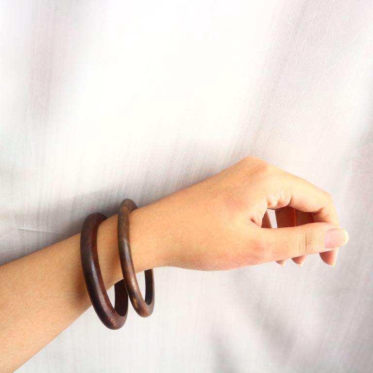 1 set wooden bangles (small)