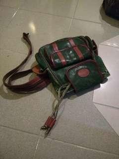 Classic bonia convertible (sling/backpack)