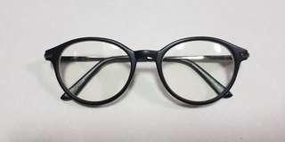 Black framed fashion glasses