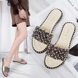 Slipper female 2018 new Korean version of the wild sequins sandals and slippers female wear flip flops sandals shoes