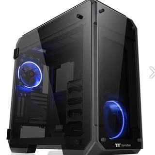 Almost New Thermaltake View 71 E-ATX Gaming Full Tower Computer Case with 4 Blue LED Riing Fan