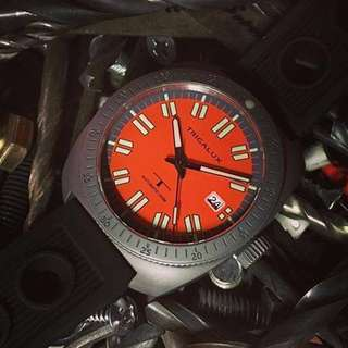 Trigalux T-diver ( Orange ), Gunmetal Casing