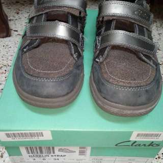 Clarks Boy's Shoes Grey size UK 2 #HOT80