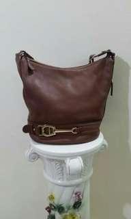 💥AIGNER Tote Handbag : Cheap & Excellent condition🔥