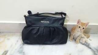 💥 GUY LAROCHE  Handbag : Cheap & Excellent condition 🔥