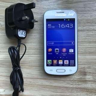 三星GT-S7392手机