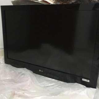 "LG LCD TV 37"""