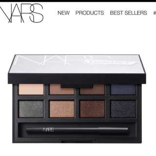 NARS matte/shimmer eye shadow palette
