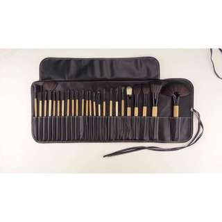 🔥Ready stock 🔥24pcs make up Bobbi Brown Brush with pouch