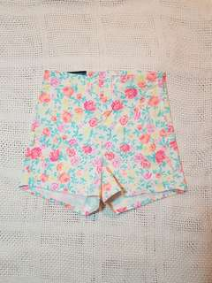 H&M floral high waisted shorts