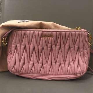 Miu Miu Baby Pink 手袋 bag