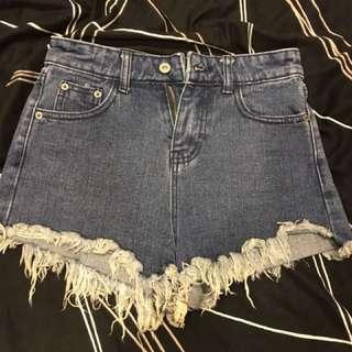 🚚 造型短褲