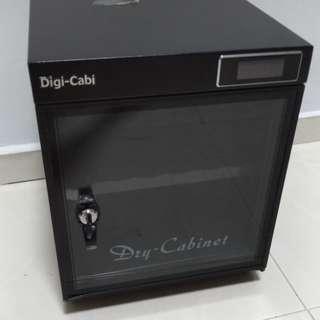 Dry Cabinet.