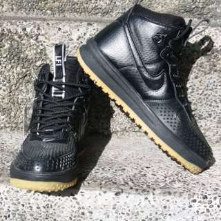 nike air force 1 duck boots