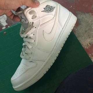 Authentic 100% Air Jordan 1 Mid White/Cool Grey