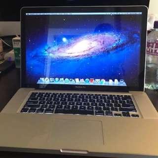 MacBook Pro 15 inch late 2011 i7