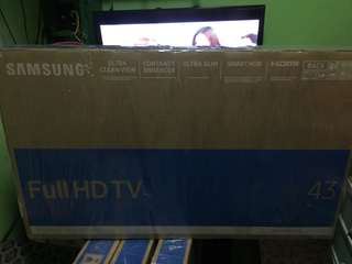 Samsung series 5 M5500 43inch FHD smart tv led super slim brand new sealed