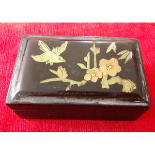 Vintage lacquer small box
