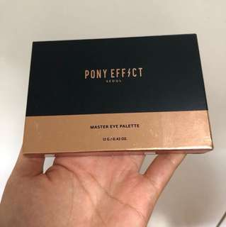 Pony Effect eyeshadow palette