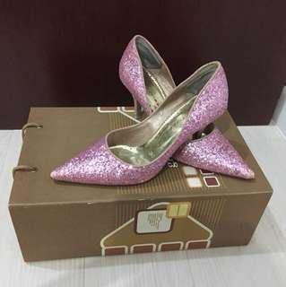 La Rossa Pink Shimmer Heels