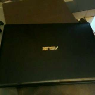 Laptop Asus i3 Touchscreen