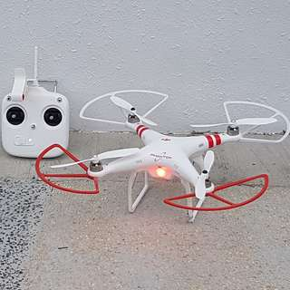 DJI Phantom FC-40 Quadcopter Drone