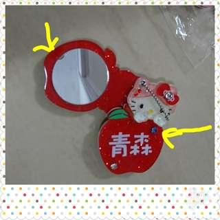 日本hello kitty鏡吊飾(箭咀位有瑕疵)