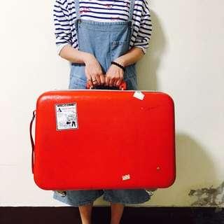 丨復古 古著正紅行李箱 (附鑰匙)丨