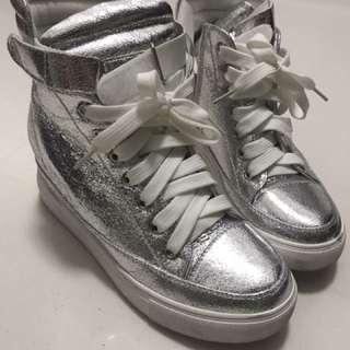 Bling shiny high cut shoes