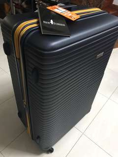 New Yorker 28inch Luggage