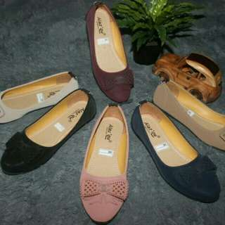 Flat shoes Only 75 K
