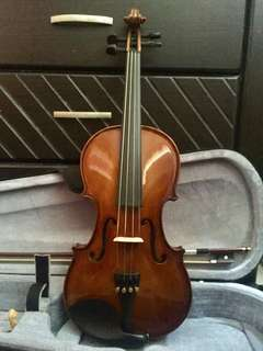 Synwin 4/4 Violin Complete with Accessories