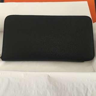 Hermes silk in wallet in black