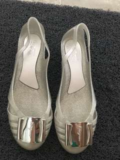 Salvatore Ferragamo Jelly Ballerina in shiny sliver