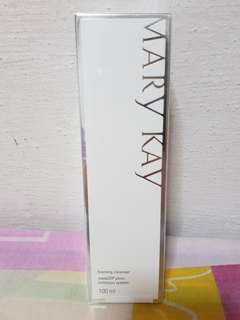 Mary Kay Melacap plus+ Foaming Cleanser
