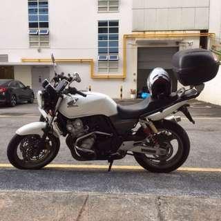 CB400 Revo Super 4 2010